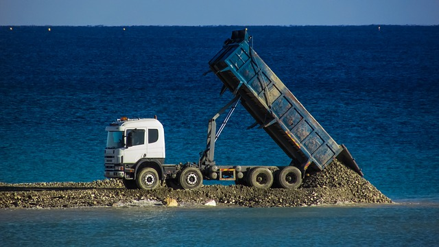 voda, nákladní auto