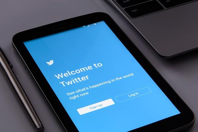 twitter na tabletu