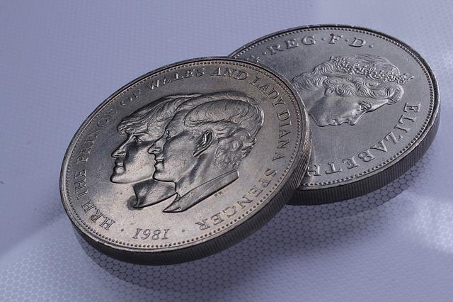 2 britské mince